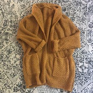 Sweaters - Cozy slouchy cardigan